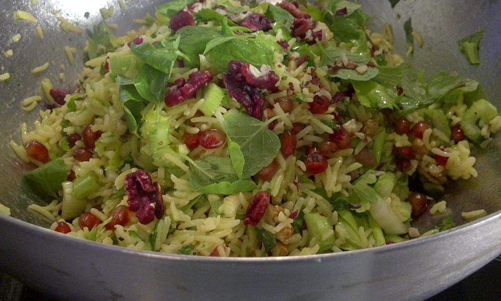 Sellerie-Reissalat mit Minze und Granatapfel