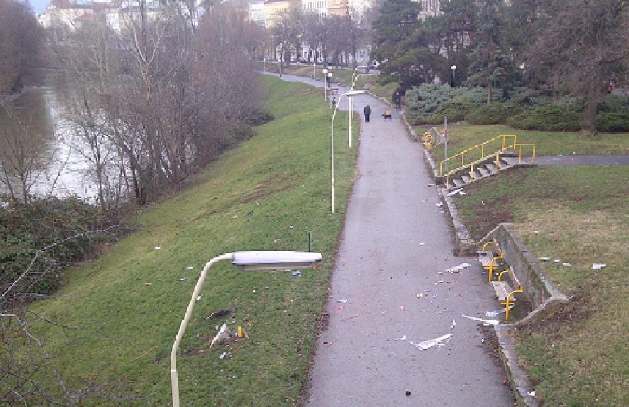 Silvester-Müll am Donaukanal