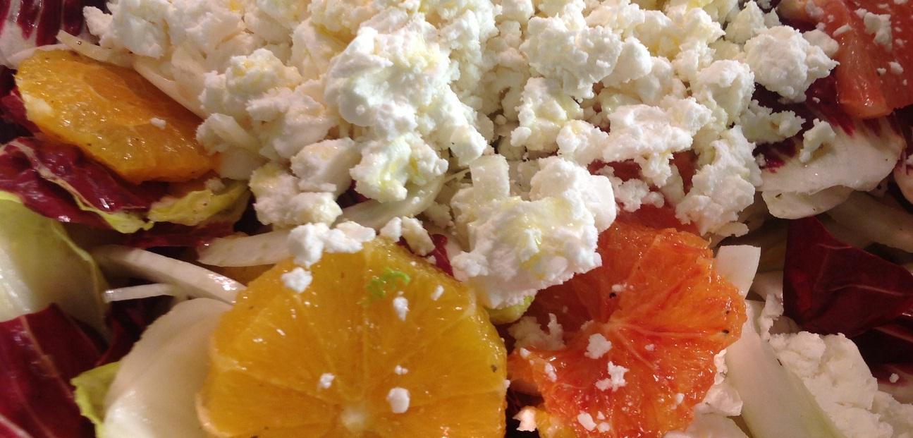 Chicoree-Radicchio Salat mit Orangen