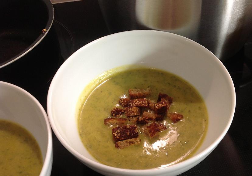 Bärlauch-Karottensuppe