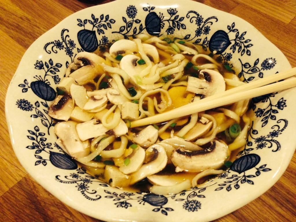 Ramen mit Champignons und Tofu