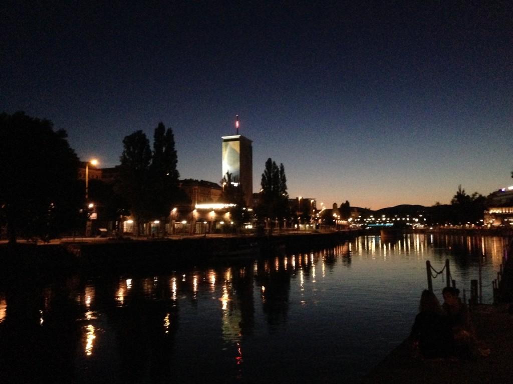 Wien - Donaukanal bei Nacht