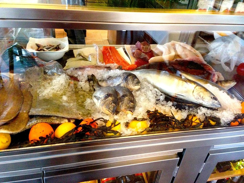 Fischtheke Sezai