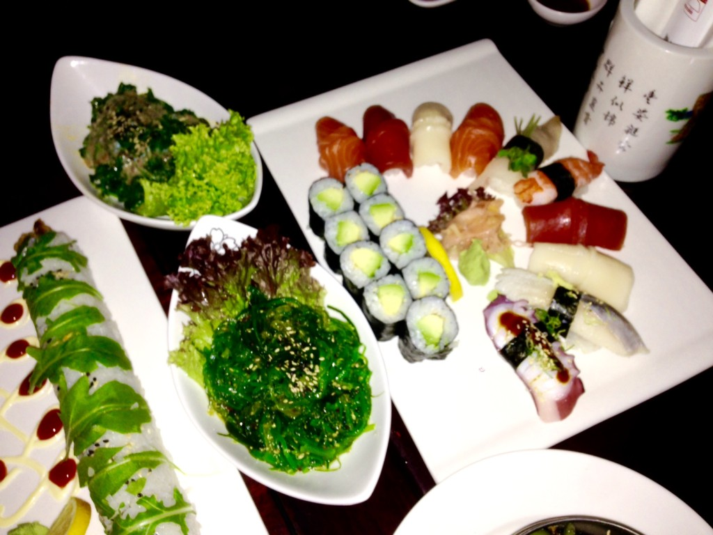 Sushi Mixed und Salate