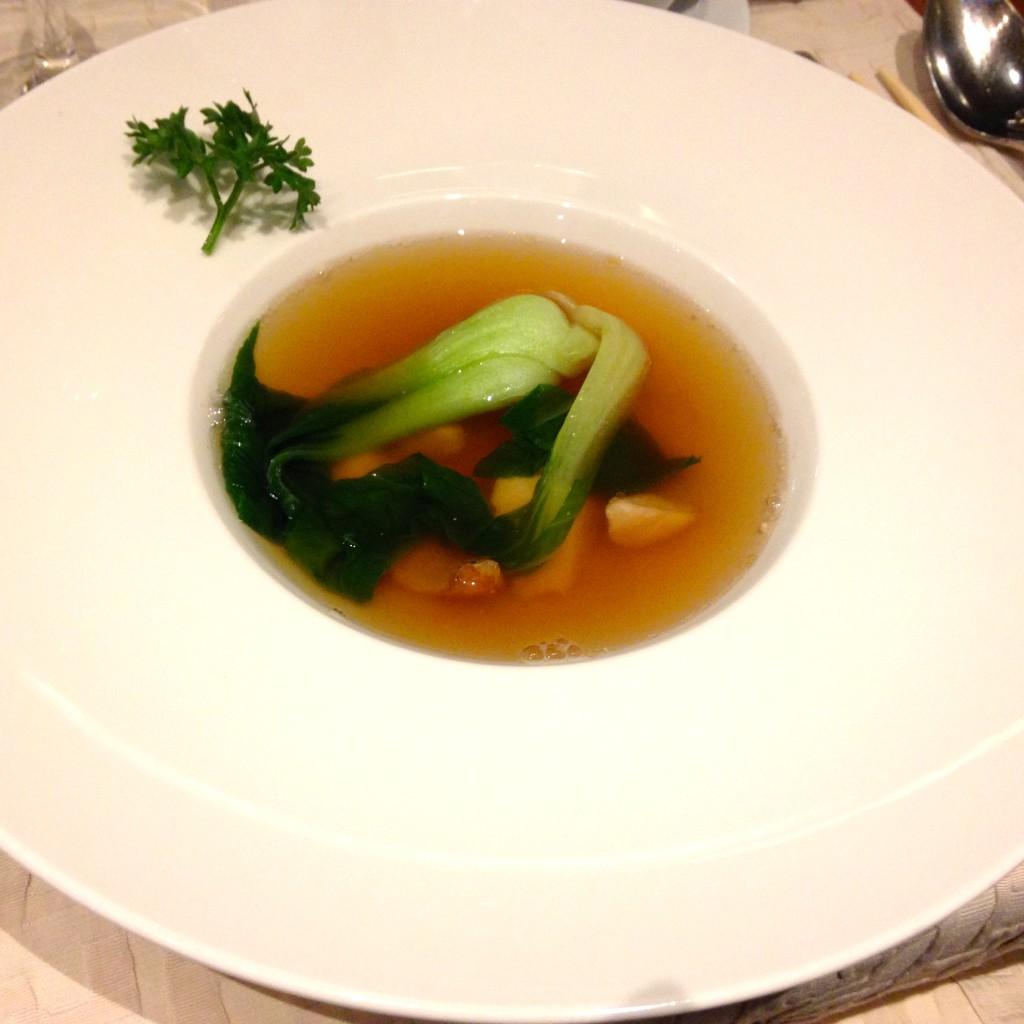 Seafood-Suppe mit Pak Choi