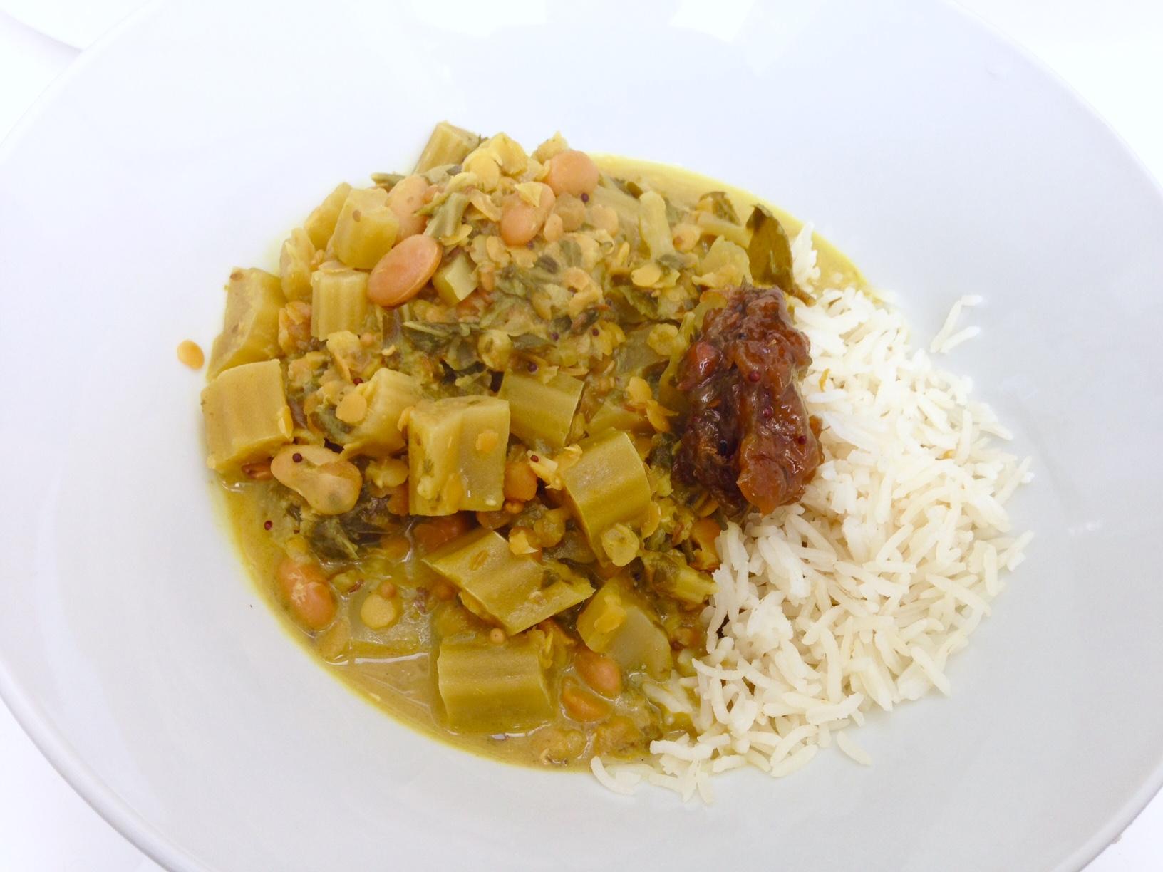 Grünes Karfiolblätter-Curry