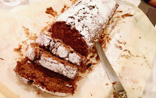 Medlar ginger cake